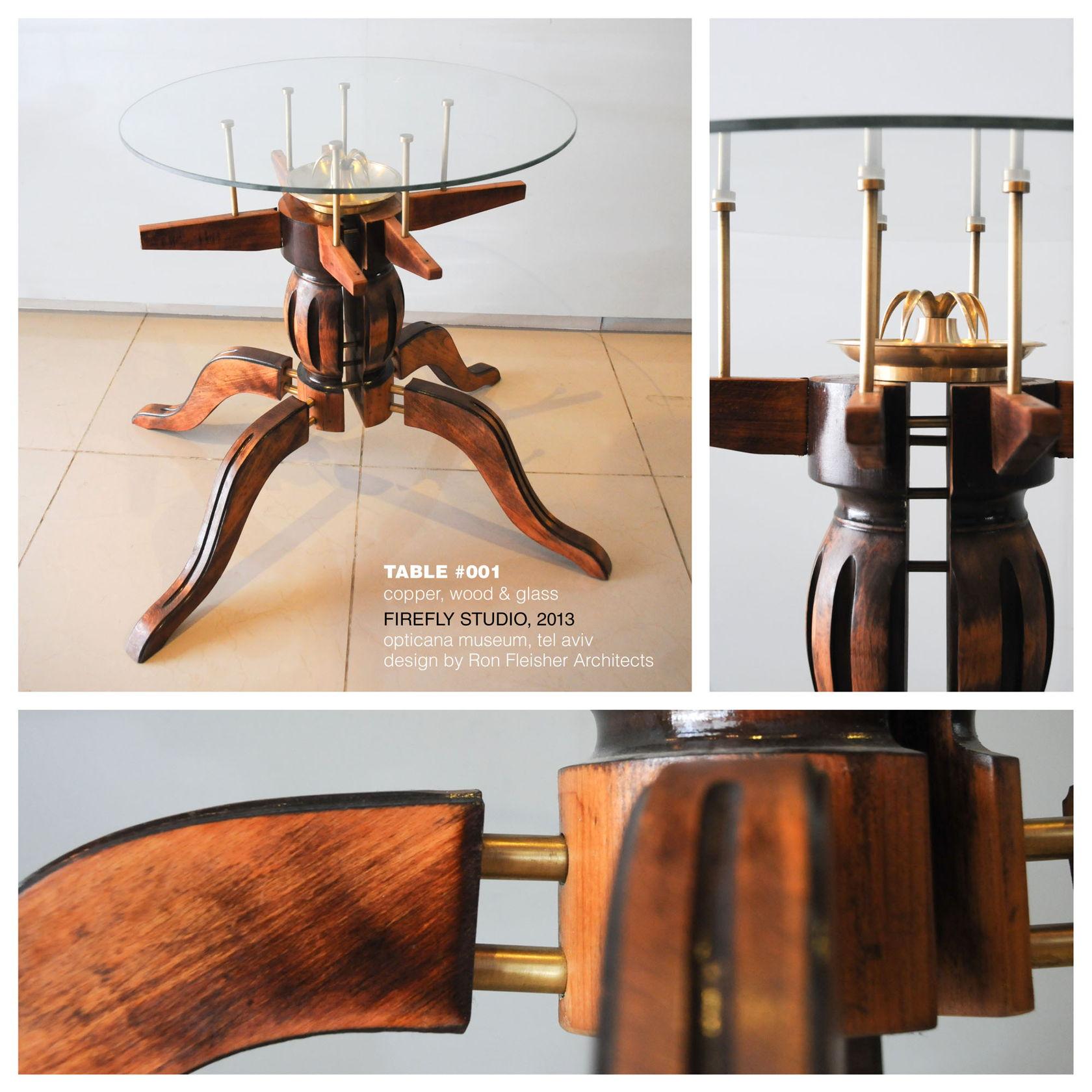 שולחן עץ עם פליז וזכוכית