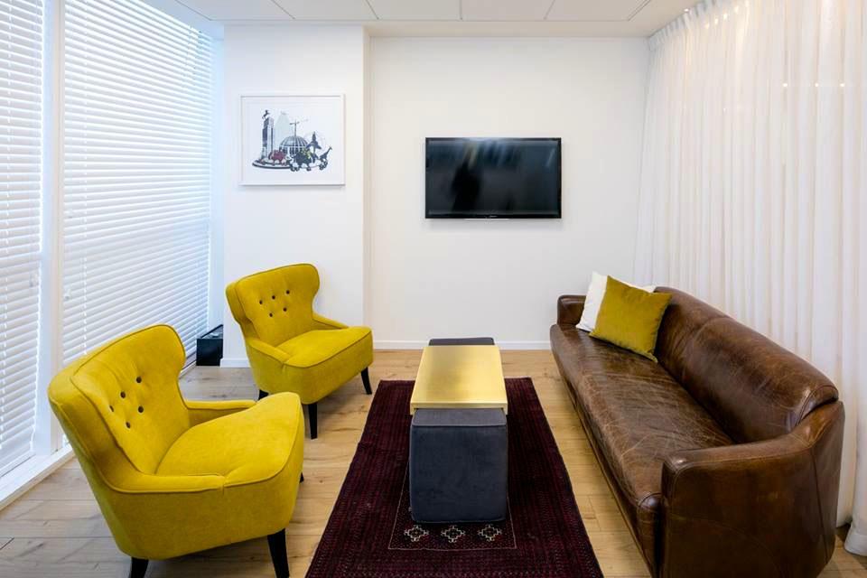 עיצוב רהיטים פליז