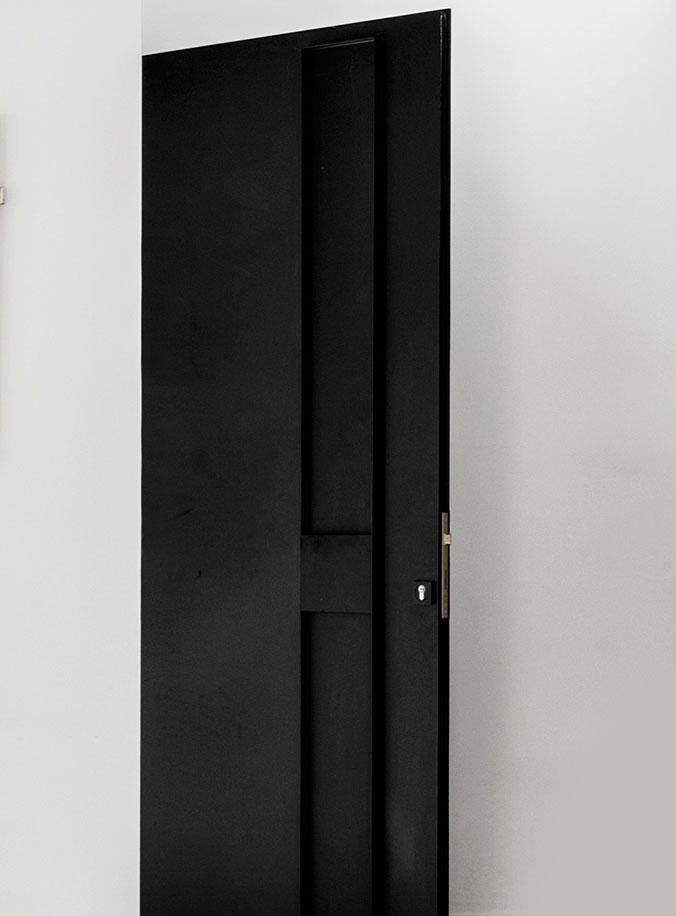 יצור דלתות מברזל