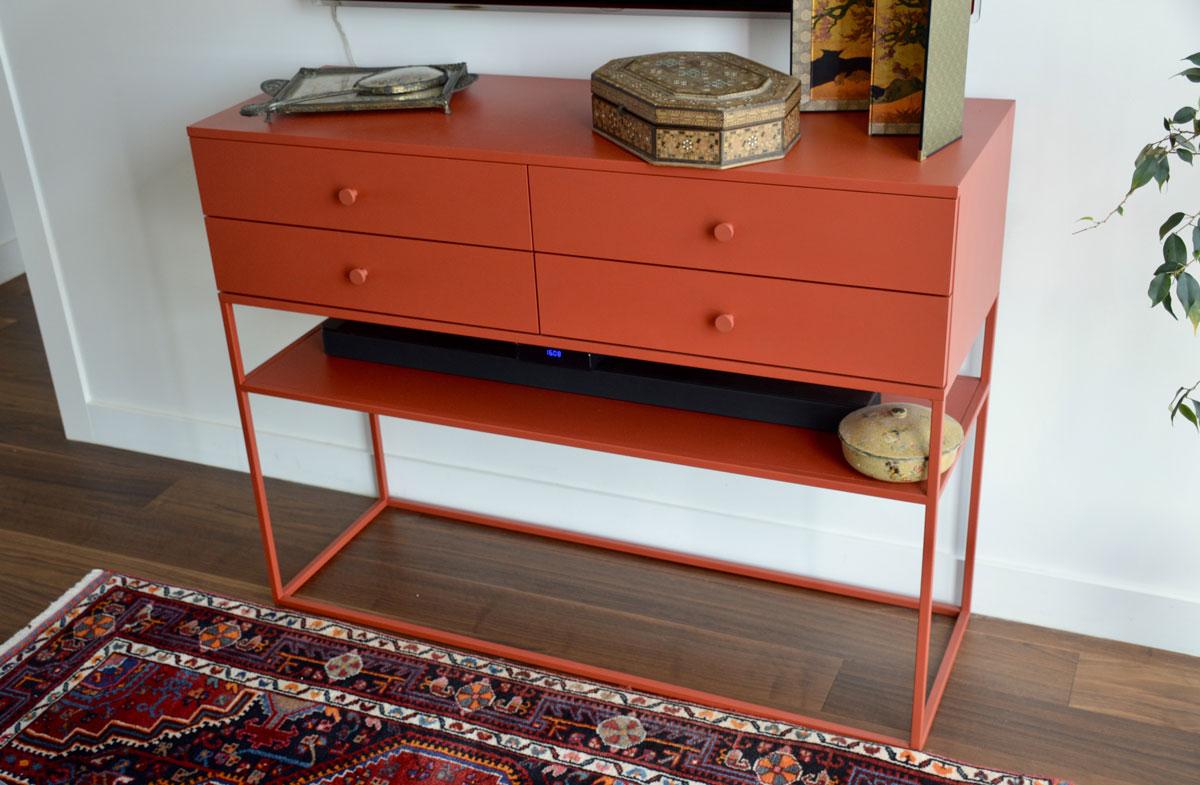 עיצוב רהיטים מברזל בהתאמה אישית