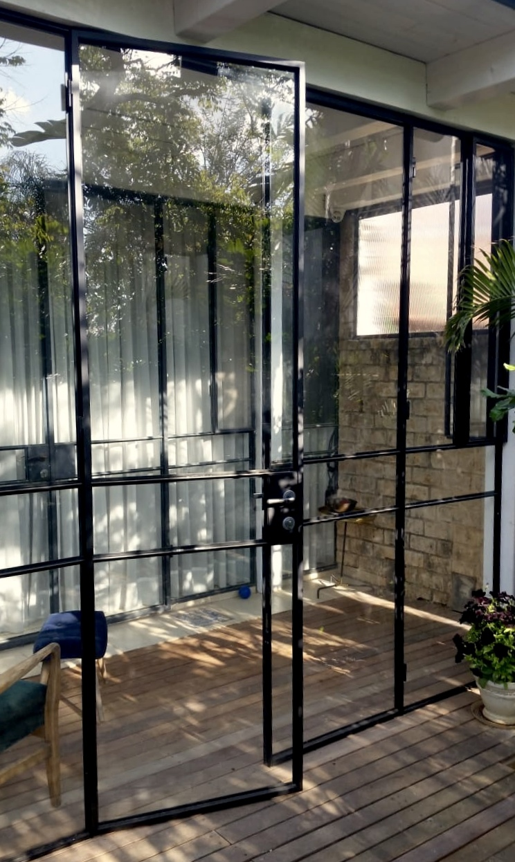 דלת מעוצבת פרופיל בלגי