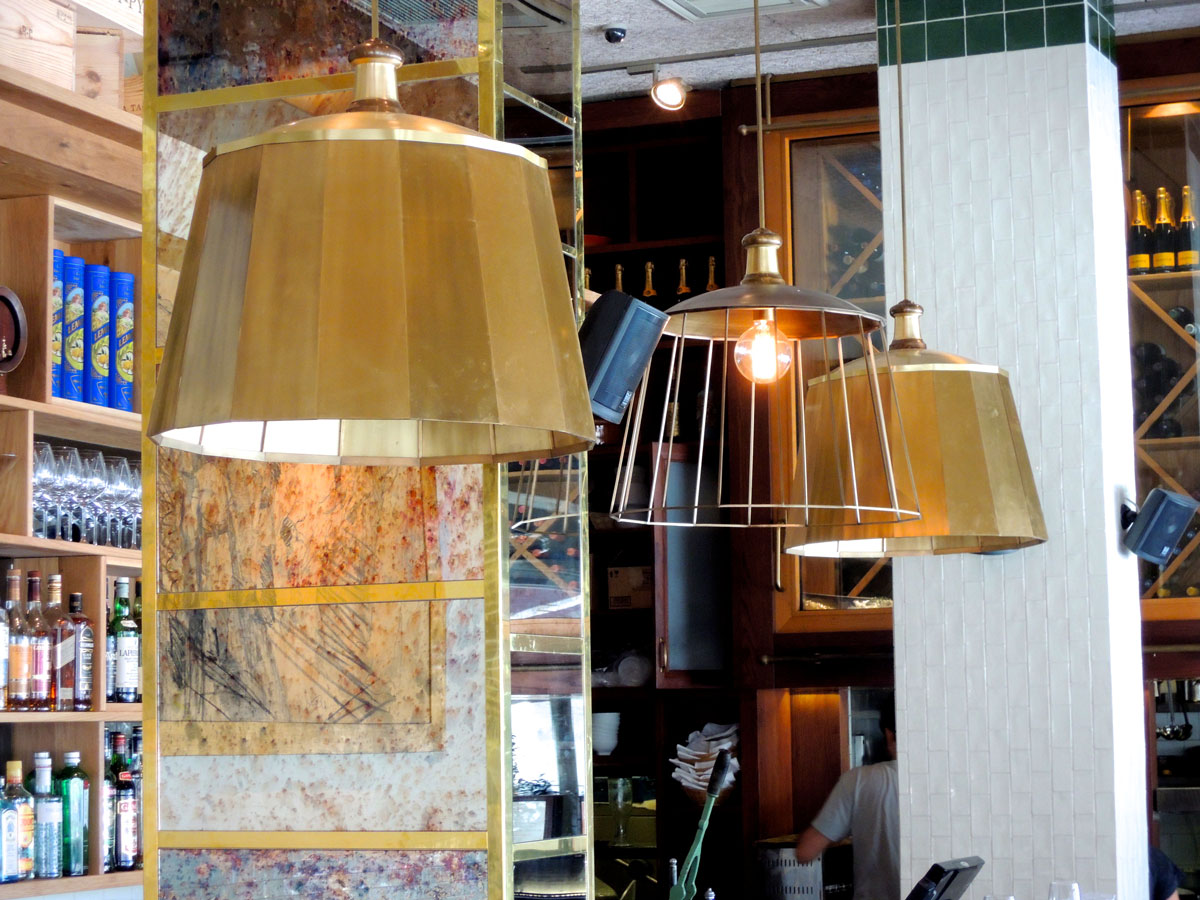 עיצוב גופי תאורה מפליז - מסעדת פרונטו