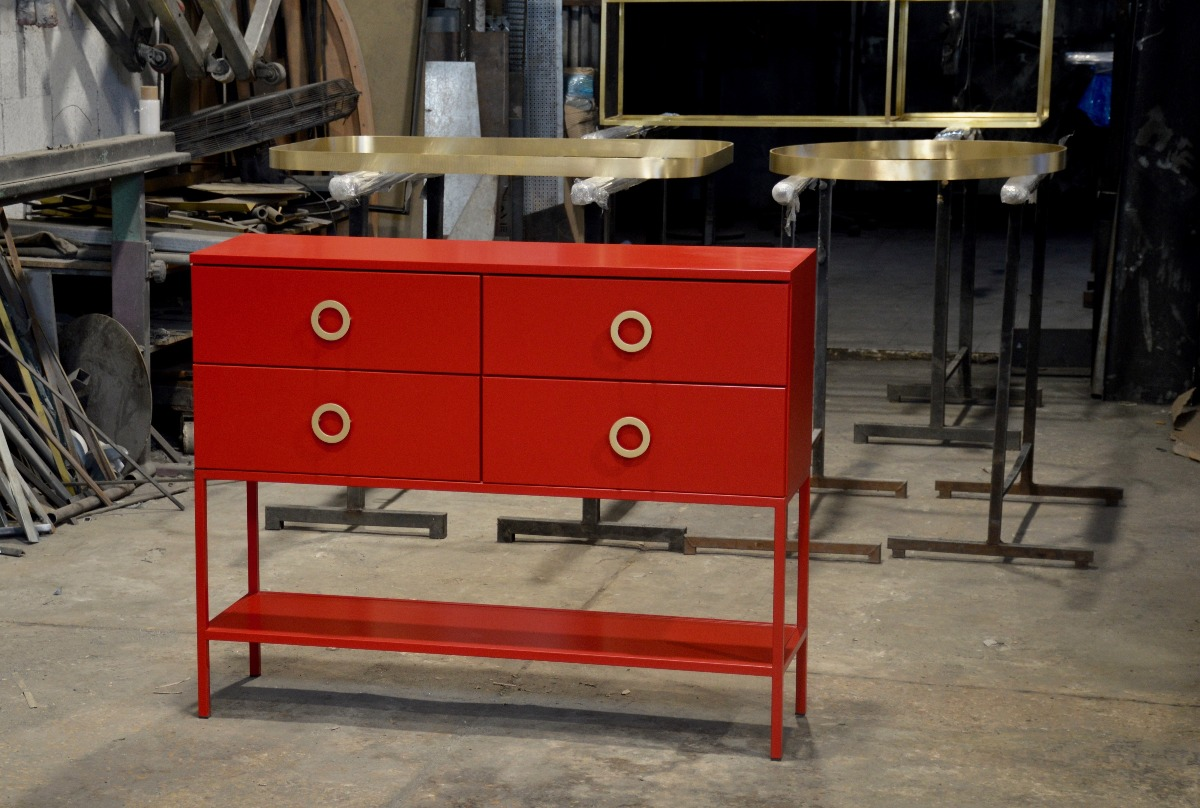 brass-handles-for-iron-console
