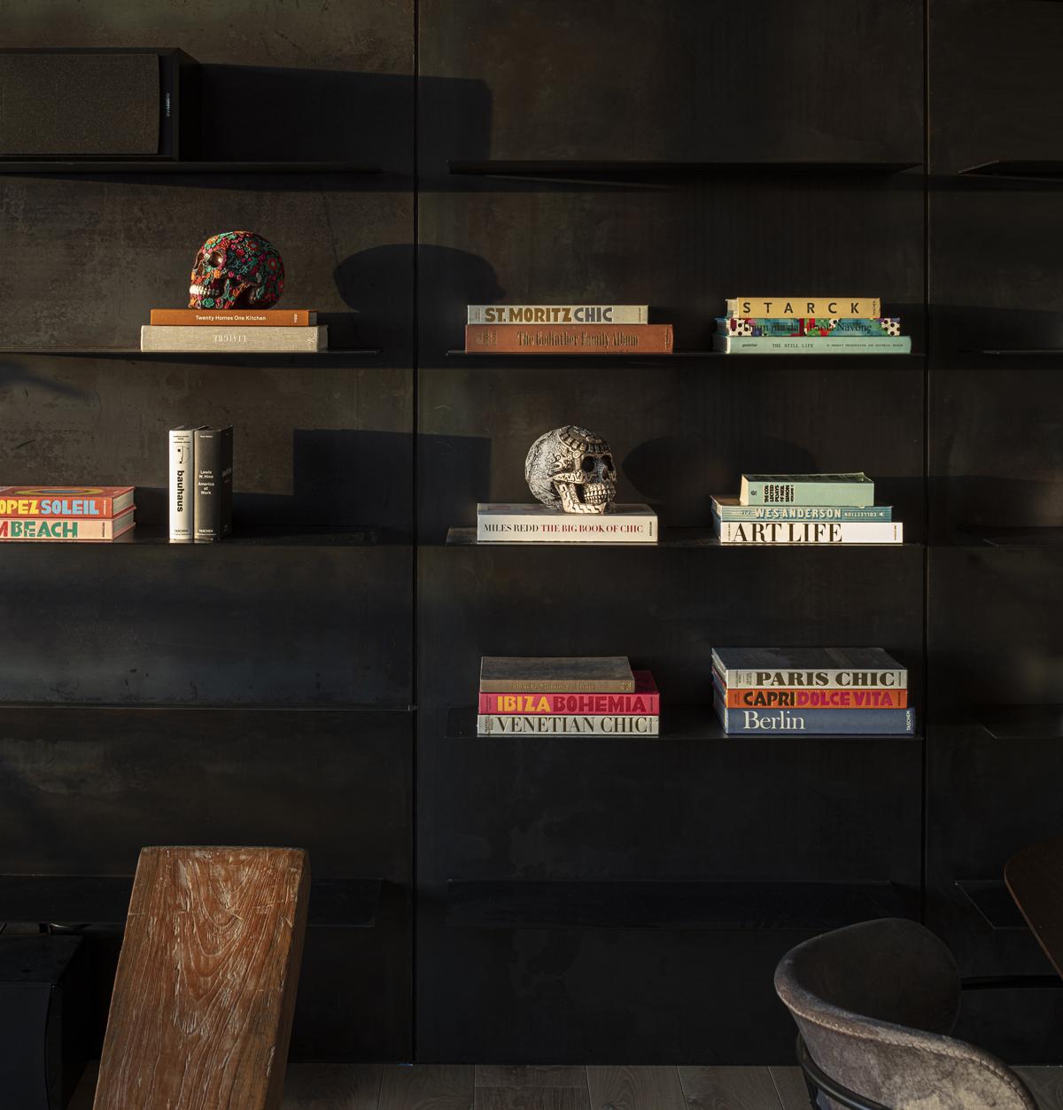 עיצוב ספריה מברזל - סטודיו פיירפלי